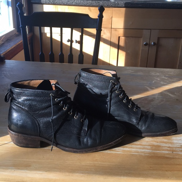 8b44ac312be Frye Carson Lace Up Black Boots